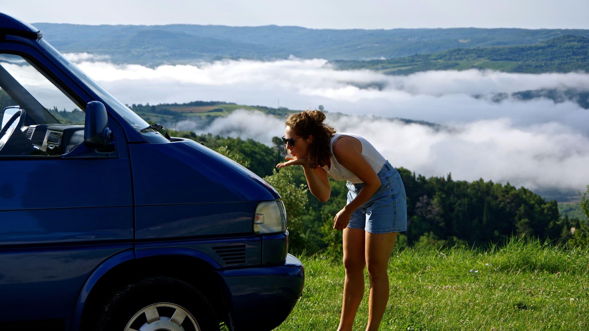 Über den Wolken - unser Bulli Vickie erkundet den Harz.