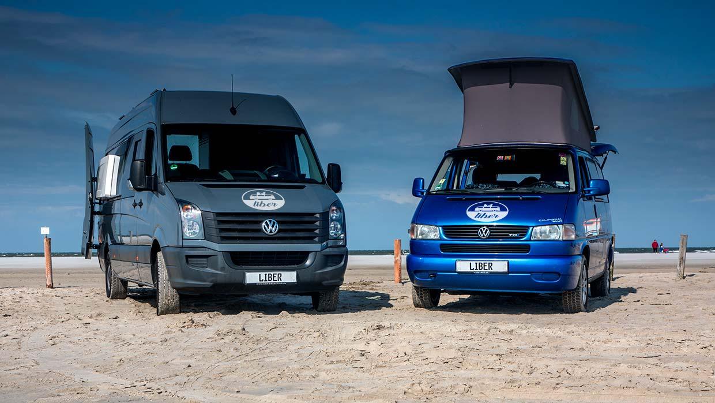VW-Crafter-individuell-ausgebaut-und-T4-California-von-liber-an-der-Nordsee
