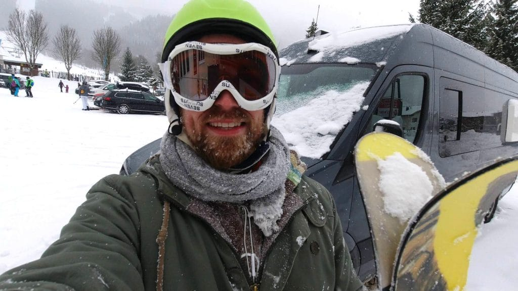 Wintercamping Ski