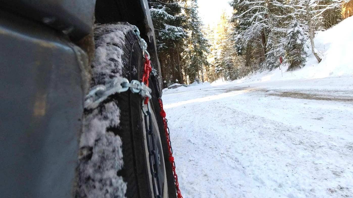 Wintercamping Tipps Schneeketten