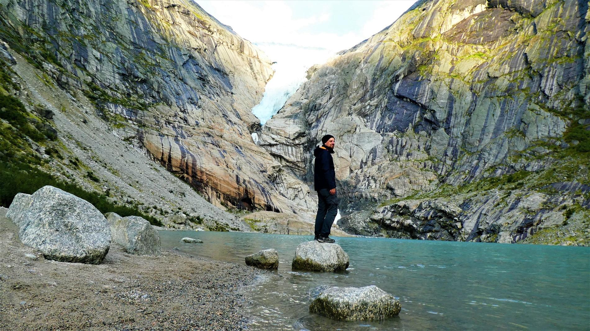 Der Briksdalsbre in Norwegen ist ein westlicher Nebenarm des größten Festlandsgletschers in Europa