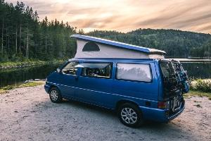 VW California mit Hochdach und Küche